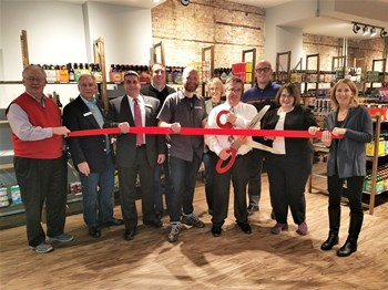 beeronthewallribboncutting